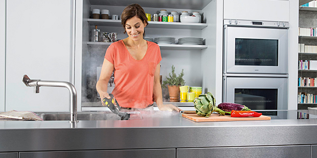 Čišćenje kuhinje pomoću pare
