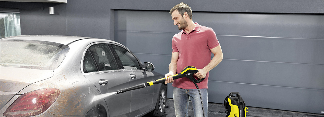 laver sa voiture avec le nettoyeur haute pression k rcher k rcher. Black Bedroom Furniture Sets. Home Design Ideas