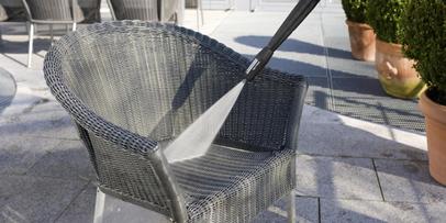 Čišćenje baštenskog nameštaja